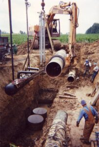 Innopipe natural gas water removal burial during installation